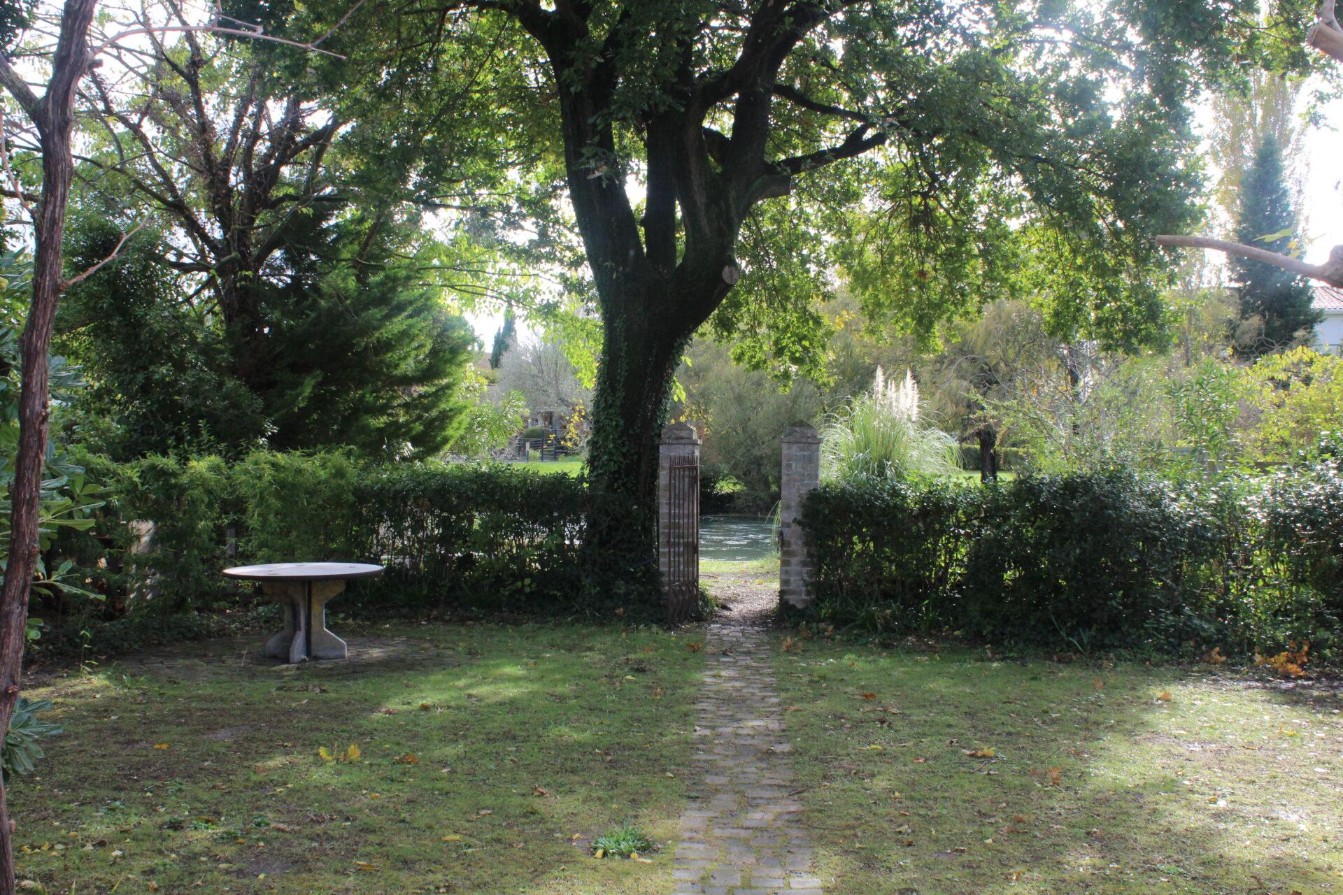 Cours de yoga en Provence à L'Isle sur la Sorgue
